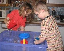 water experiments - children playing with water
