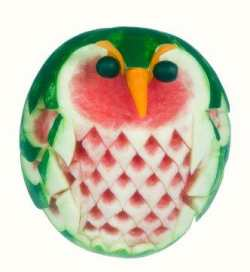 edible crafts for kids - melon carving of owl